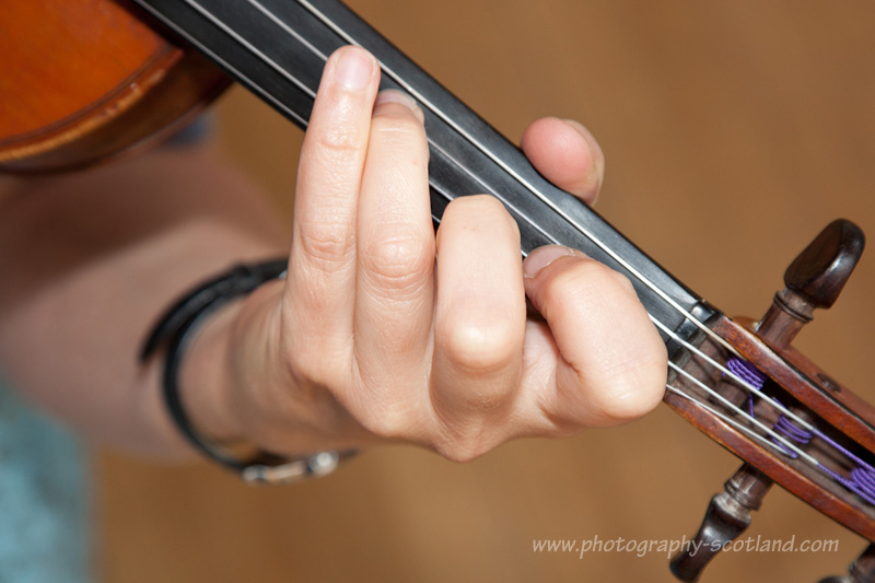 Learning to play in tune